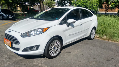 Ford New Fiesta Sedan 1.6 16v Se Flex Powershift 4p