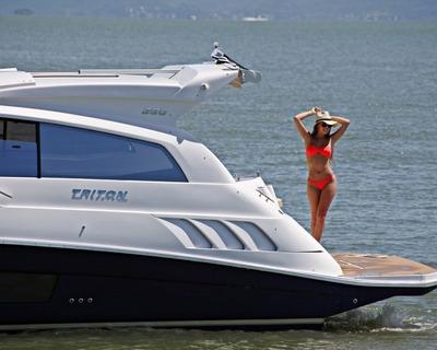 Triton 370ht 2x 4.5 250hp Bayliner 365 350 Phantom Cimitarra