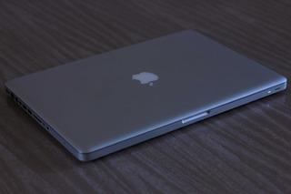 Macbook Pro I7 15.4 -inch