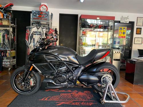 Imagen 1 de 13 de Ducati Diavel Carbon Impecable