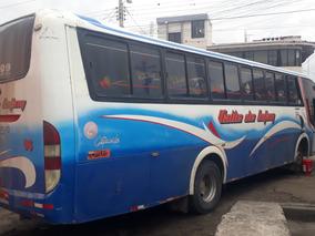 Se Vende Bus Hino Fg 2006 Con Puesto En La Compania