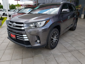 Toyota Highlander 3.5 Limited Panoramic Roof At