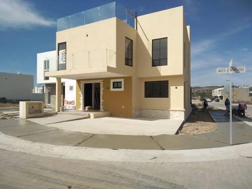 Hermosa Casa Renta Estrene En Cañadas Del Arroyo, Roofgarden