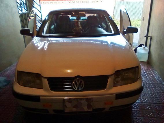 Volkswagen Jetta 2000 Se Vende O Se Cambia Por 4x4.