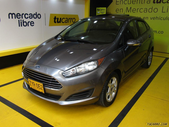 Ford Fiesta Se Con Son Roof