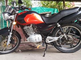 Moto Gs 125 Suzuki