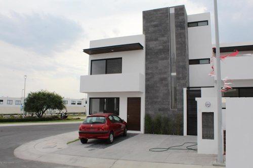 Casa En Venta En El Refugio, Queretaro, Rah-mx-19-1229