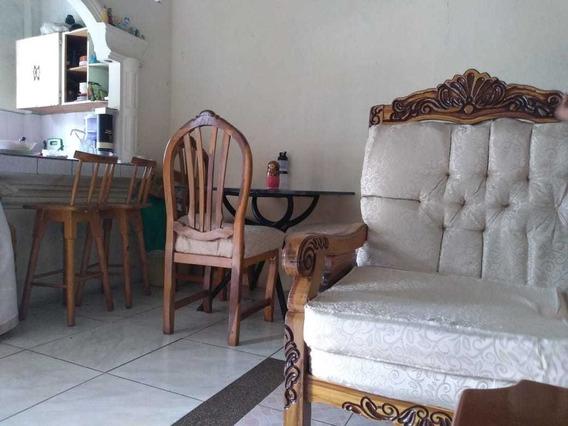 Habitación Amoblada Compartida Con Baño Independiente
