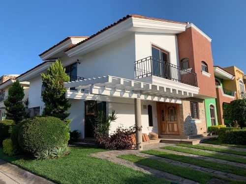 Casa En Renta Fraccionamiento Los Manzanos, Tlajomulco