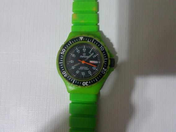 Relógio Casio Feminino Verde Obs: Vendo No Estado Favor Ler