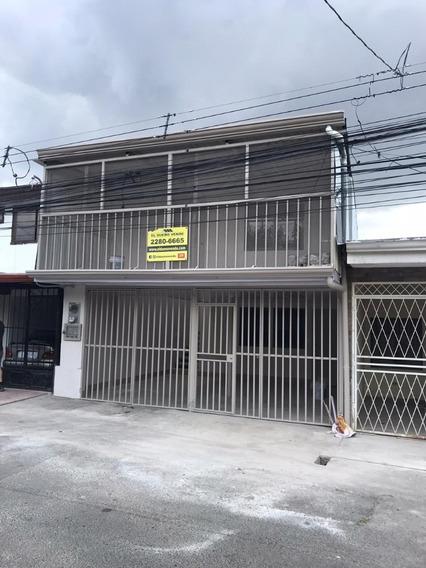 Propiedad Con Dos Casas De Habitación - San Lorenzo