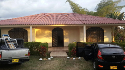 Casa Campestre En La Mesa Cund, Zona Urbana