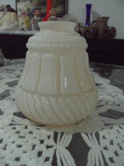 Lustre Opalina Branca Cilindrico Detalhado