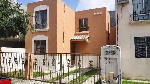 Casa En Renta Fracc. Jacarandas, Apodaca, N.l.