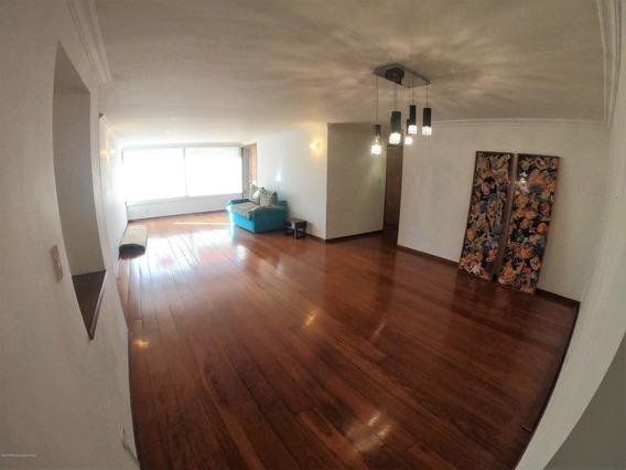 Arriendo Apartamento En Altos Del Chico Mls #20-398 Fr