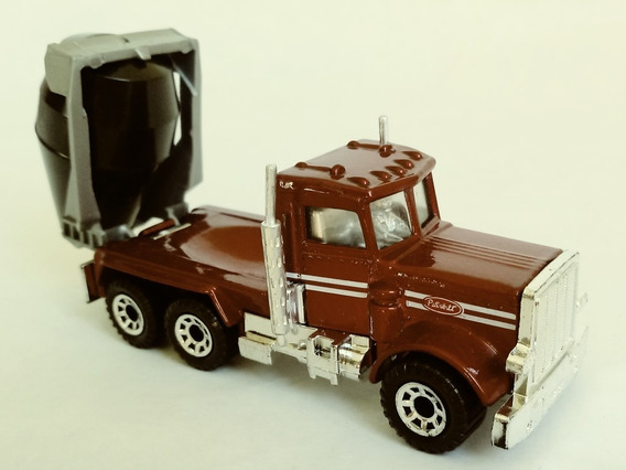 Matchbox 19d A9 Peterbilt Cement Truck Superfast 1/64 Red
