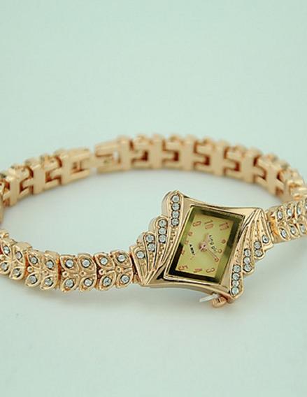 Relógio Analógico Estilo Simulado Diamante Cor Rosê