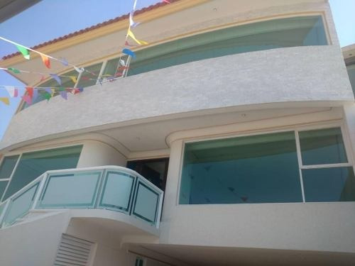 Casa De Finos Acabados Para Estrenar Con Vigilancia 24 Hrs.