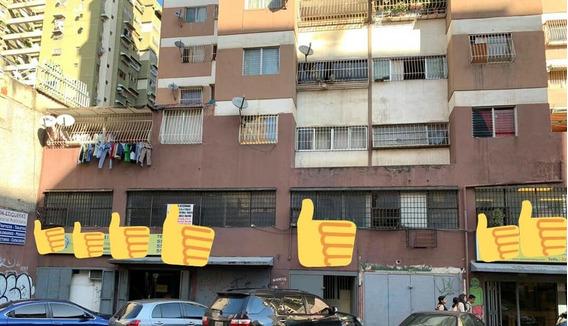 Alquiler De Mezzanina En La Candelaria 04142262821 Ms