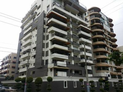 Penthouse De 6 Habitaciones 7 Pq En La Av. Anacaona