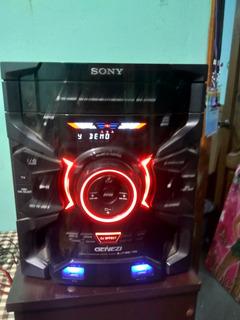 Minicomponente Sony Genezi Modelo Hcd-gtr333 Con Bafles.