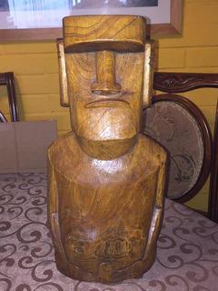 Moai De Madera Figura De Isla De Pascua