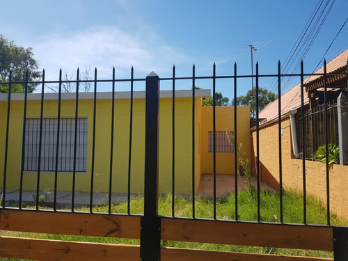 Alquiler Anual, Estrene, 50m Del Mar, 3 Dorm, 2 Baños, Patio