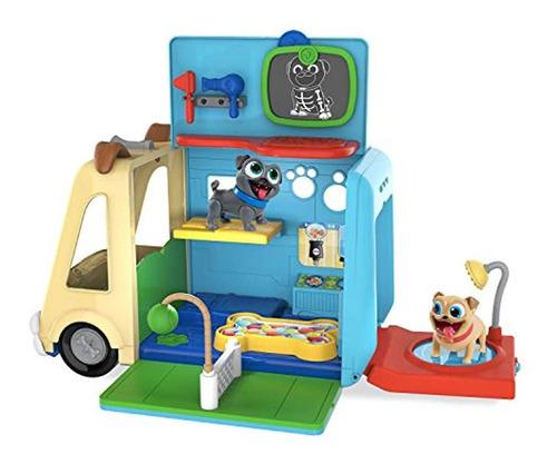 Camión Y Muñecos De Juguete, Colores Variado