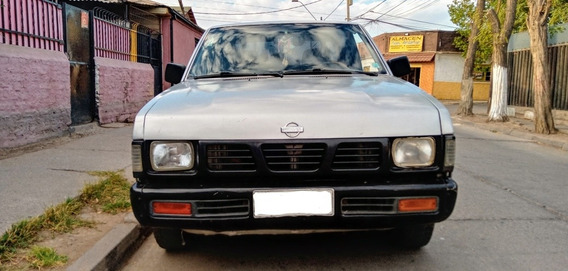 Nissan D21 Pick Up 1