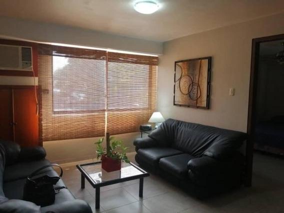 Se Vende Apartamento En Cecilio Acosta Mls #20-11389