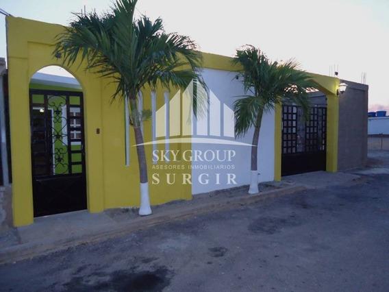Casa En Las Adjuntas Sgc-001