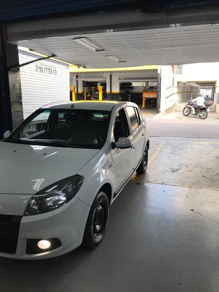 Renault Sandero 1.0 16v Authentique Hi-flex 5p 2013