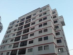 Apartamento En Venta Prebo I Valencia Carabobo 20-8164 Rahv