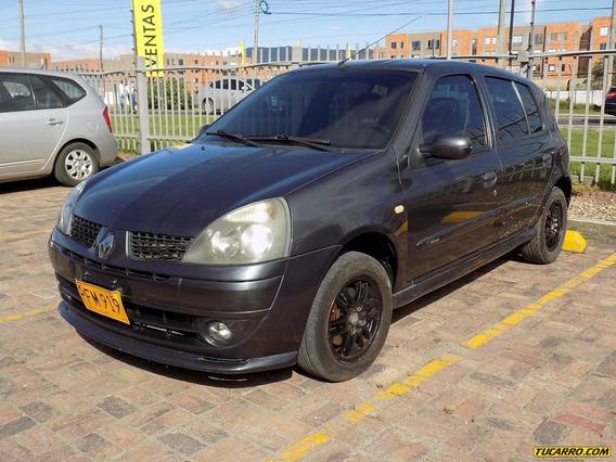 Renault Clio Ii Dynamique 1.6cc Mt Aa