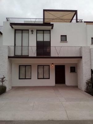 Casa En Renta Muy Amplia En Juriquilla