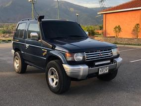 Mitsubishi Montero Montero Dakar