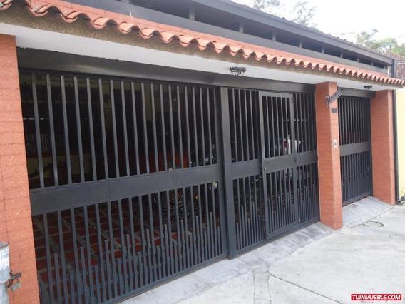 Casa En Venta, Lomas De La Trinidad..19-11629.