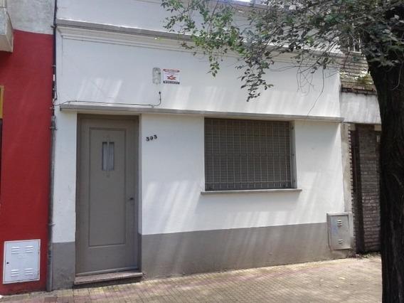 Casa En Alquiler En La Plata | 4 E/ 39y40