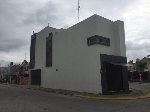 Casa Sola En Venta Fraccionamiento Pomoca