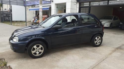 Chevrolet Corsa 3p 1.7d - 2000