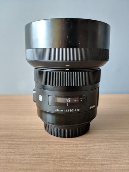 Lente Sigma Art 30mm F/1.4 Para Canon Aps-c