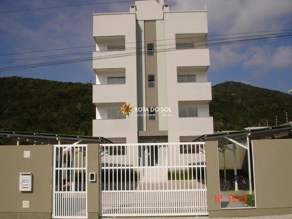 Apartamento 2 Dormitórios - Perequê, Porto Belo / Santa Catarina - 3557
