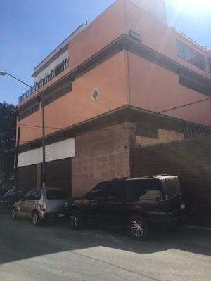 Edificio Comercial En Esquina
