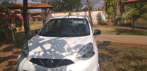 Imagem 1 de 7 de Nissan March March 2015 4p Flex