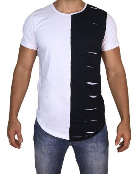 Camisa Oversized Longline Rasgada Destroyed Escaping