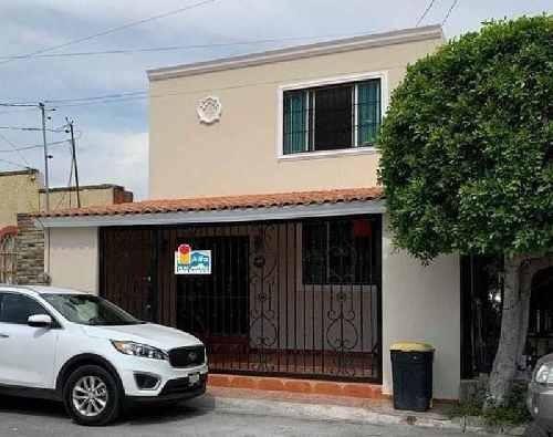 Casa Sola En Venta En Paseo De Los Angeles, San Nicolás De Los Garza, Nuevo León