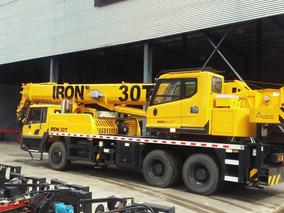 Grúa Sobre Camión Iron Xcmg Br300