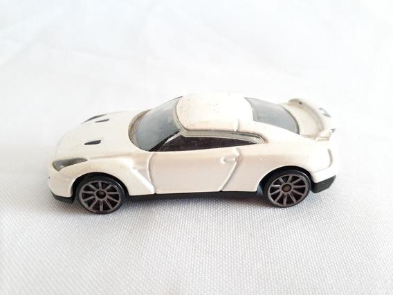 Miniatura Nissan Gtr 2009 Branco Pérola Hotwheels 1/64