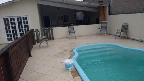 Casa Na Praia Com 4 Quartos E Piscina Em Itanhaém/sp 7002-pc