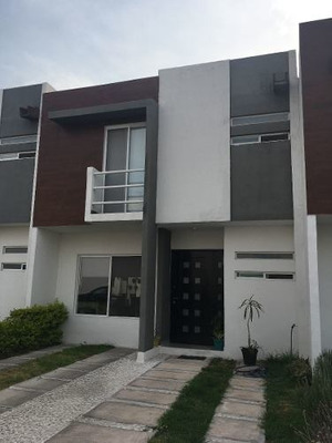 Renta Casa Condominio Palmares